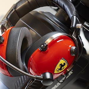 T.Racing Scuderia Ferrari Edition Gaming Kopfhörer PC, Xbox One, PlayStation 4, Mac kabelgebunden