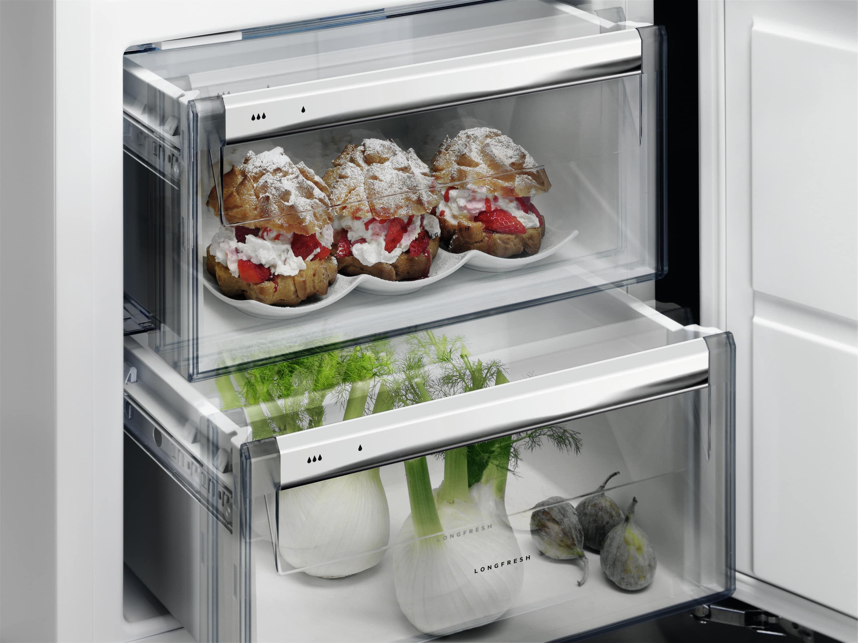 Aeg Kühlschrank Einbau : Aeg ske zc einbau kühlschrank bei boomstore